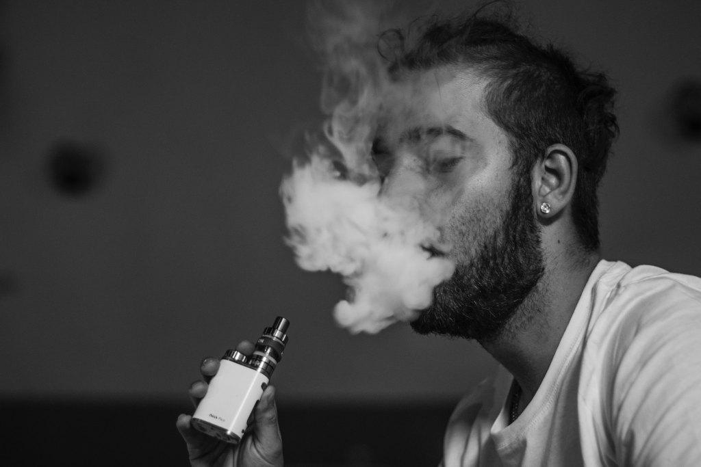 たばこの吸い方講座!初心者はこう吸おう ...